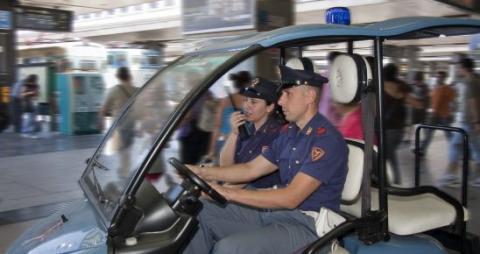 poliziotti-ferroviaria-550121518