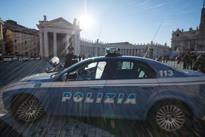 polizia_vaticano_inf215647